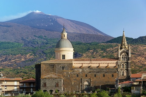 Photo of Mount Etna in East Sicily