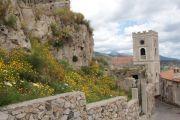 pentefur-castle-walls